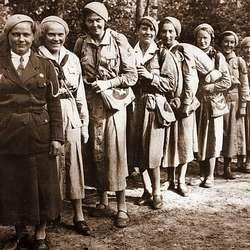 Wystawa z okazji 90 lecia ZHP we Wrześni - harcerstwo w okresie międzywojennym
